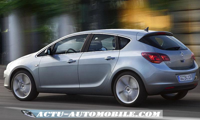 Opel Astra vue arrière