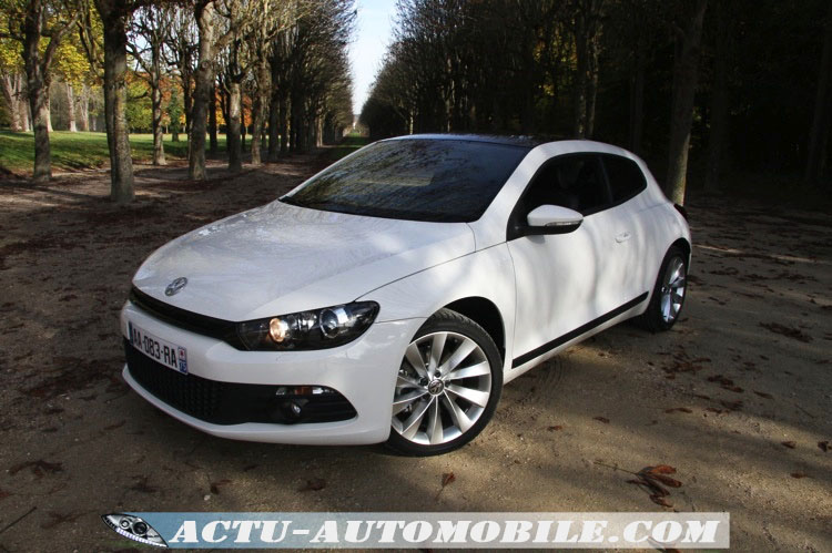 essai volkswagen scirocco 2 0 tsi 210 ch dsg l 39 esprit. Black Bedroom Furniture Sets. Home Design Ideas