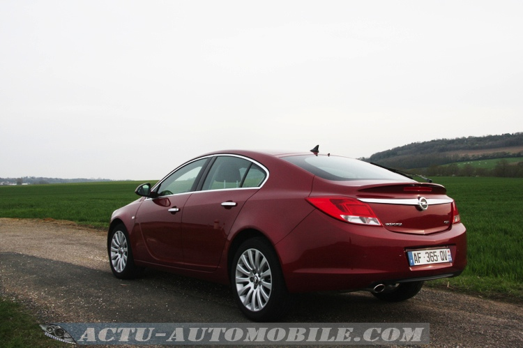 Opel Insignia Cosmo Pack