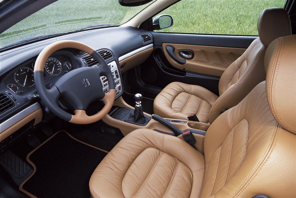 Peugeot 406 coup fiche occasion actu automobile for Interieur 406 coupe