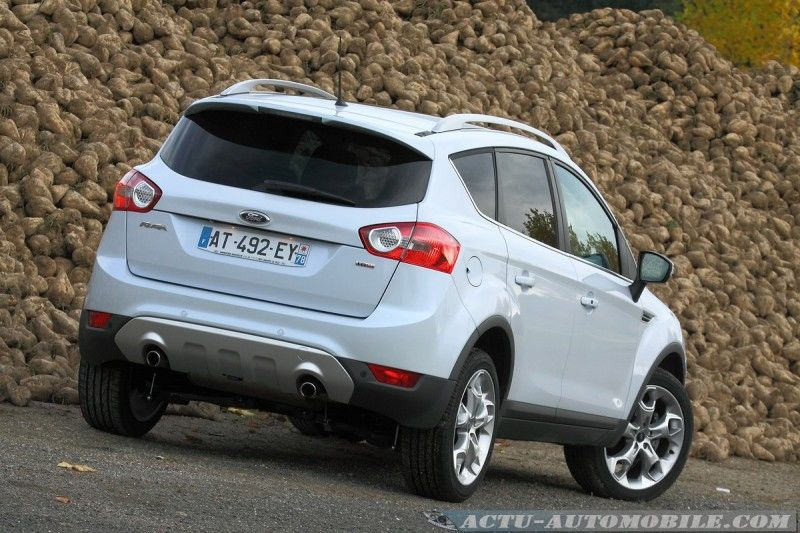 essai ford kuga tdci 163 4x4 powershift du style. Black Bedroom Furniture Sets. Home Design Ideas