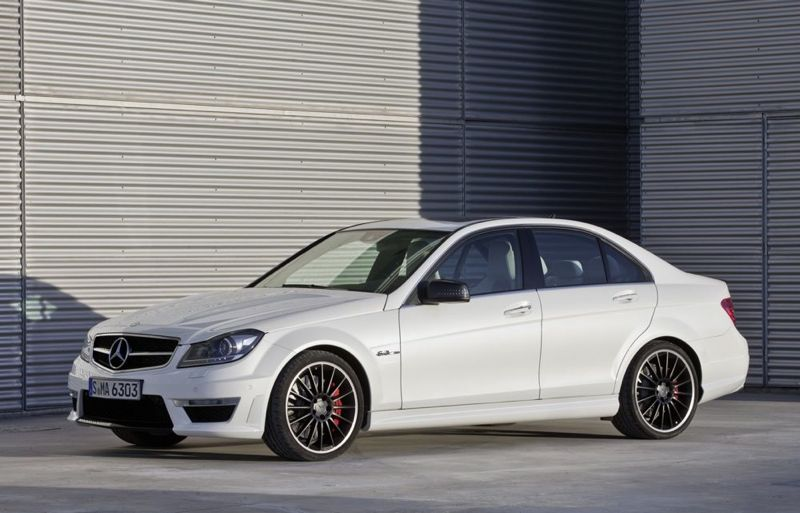 nouvelle mercedes classe c 63 amg actu automobile. Black Bedroom Furniture Sets. Home Design Ideas