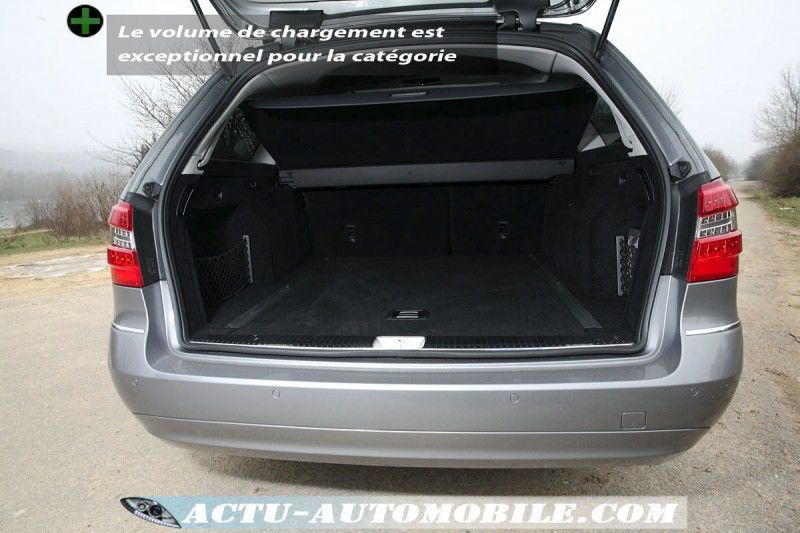 mercedes-e220cdi-break-coffre